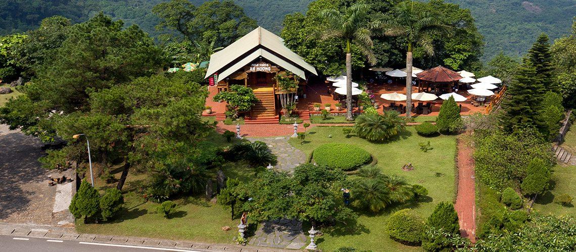 duong-di-Ba-Vì-Resort