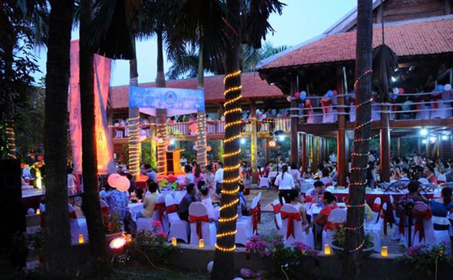su-kien-family - Giá dịch vụ Family Resort Ba Vì